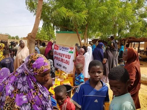 Siverekli öğrencilerden Nijer'e su kuyusu