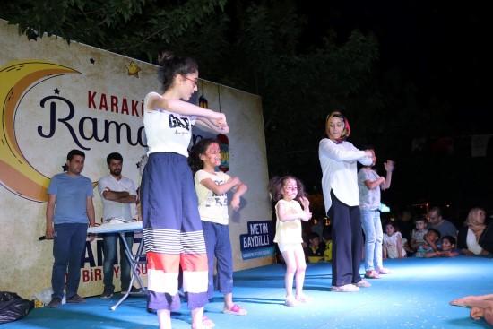 Yaşam Sokağında çocuklar illüzyon gösterisiyle eğlendi