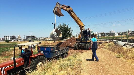 ŞUSKİ, Hilvan Korçik Deresindeki kanalizasyon hattını yeniledi