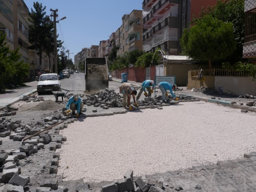 Haliliye'de yol onarım çalışmaları sürüyor