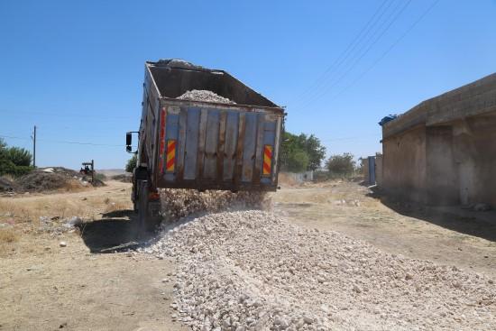 Haliliye kırsalda yol yapım çalışmaları devam ediyor