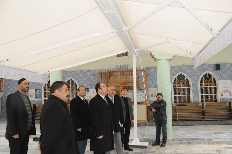 Karaköprü\'de Camilere tenteler yapılıyor