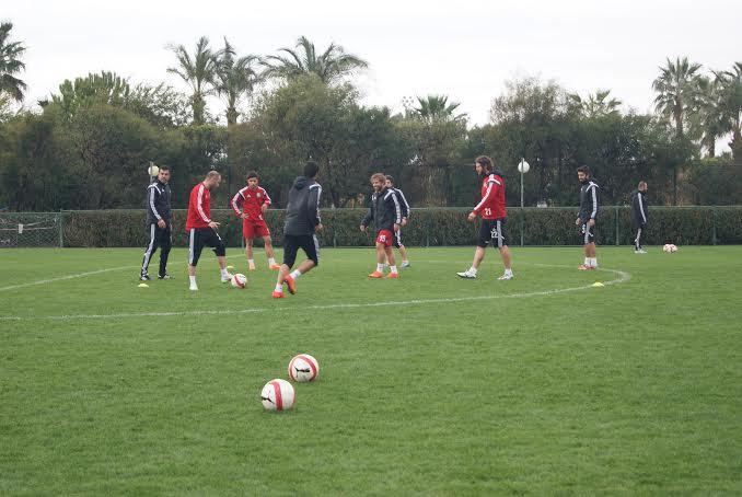 Urfaspor PTT 1.Lig\'i Şampiyon olarak tamamlamak istiyor