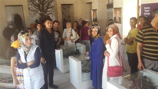 Kursiyerler Yeni Müze\'yi gezdi.