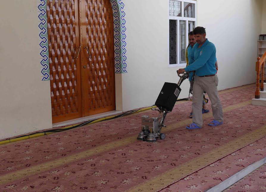 Haliliye\'deki ibadethaneler Ramazan\'a hazırlanıyor