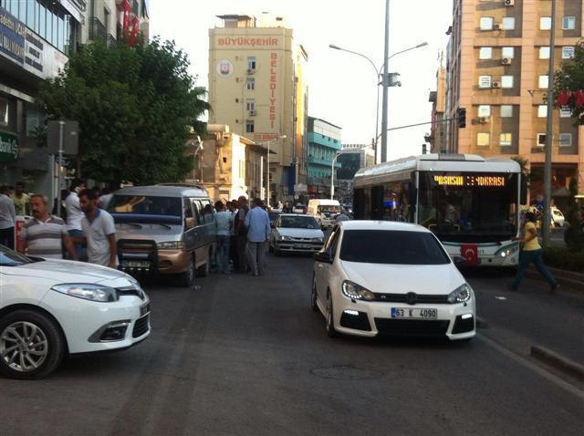 Belediye önünde trafik kazası
