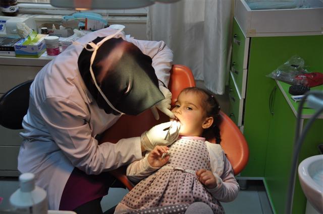 Devlet Hastanesinde nöbetçi diş hekimi uygulaması