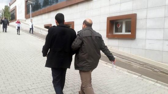 Elazığ merkezli 23 ilde FETÖ'ye çifte operasyon: 42 gözaltı