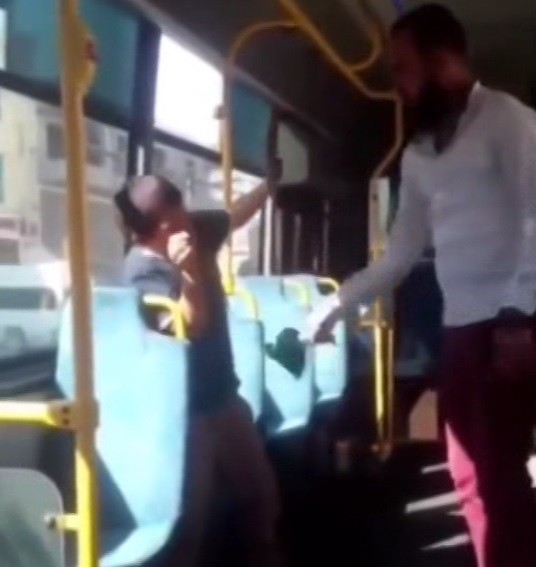 Otobüste dayak- video haber