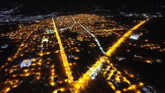 Ceylanpınar caddeleri modern aydınlatma sistemi ile ışıl ışıl