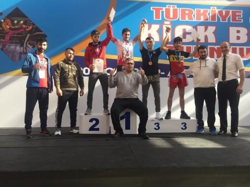 Haliliye kick boksta Türkiye şampiyonu oldu