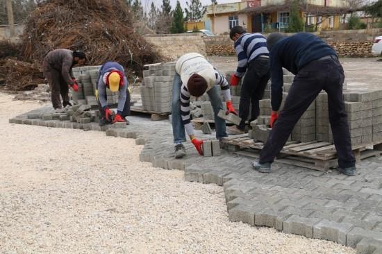 Harran'da kilitli parke döşeme çalışmaları