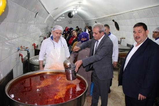 Şanlıurfa Aşevi Derneği'ne 1 milyon ekmek yardımı