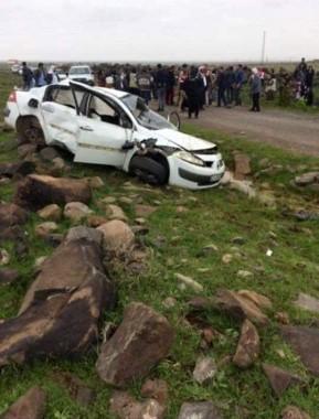 Yoldan çıkan otomobil devrildi: 1 ölü, 2 yaralı