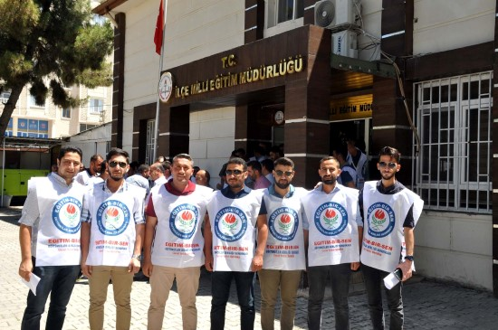 Akçakale'de Milli Eğitim Müdürüne yapılan saldırıya tepki
