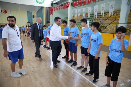 Haliliye'de yaz spor kurslarına start verdi
