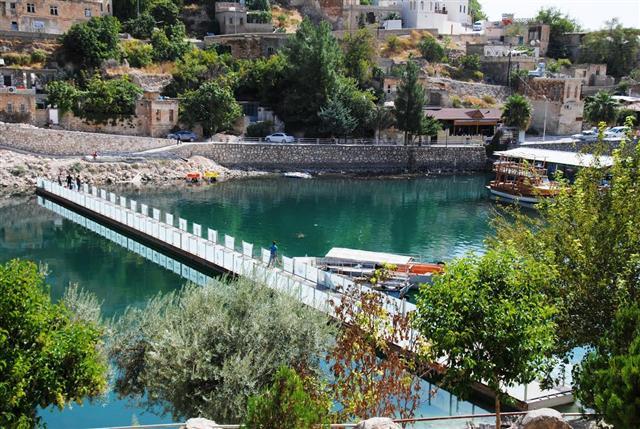 Halfeti Büyükşehir ile bölgenin turizm lokomotifi oluyor